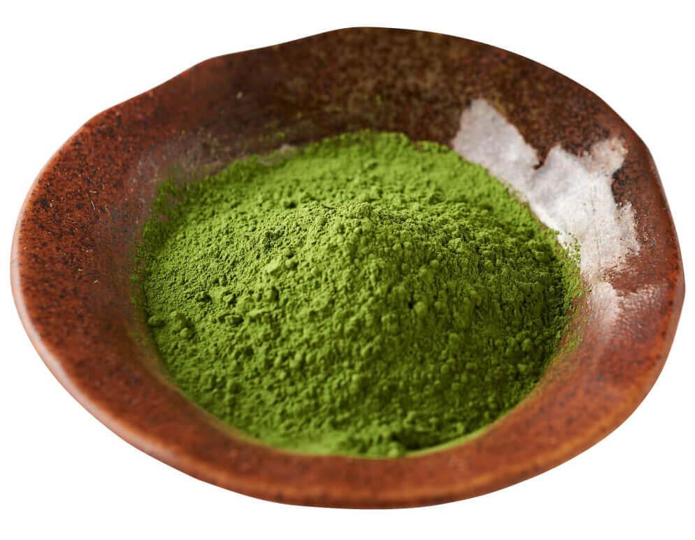 日本に37名しかいない日本茶鑑定士「小松幸哉」厳選の「西尾抹茶」